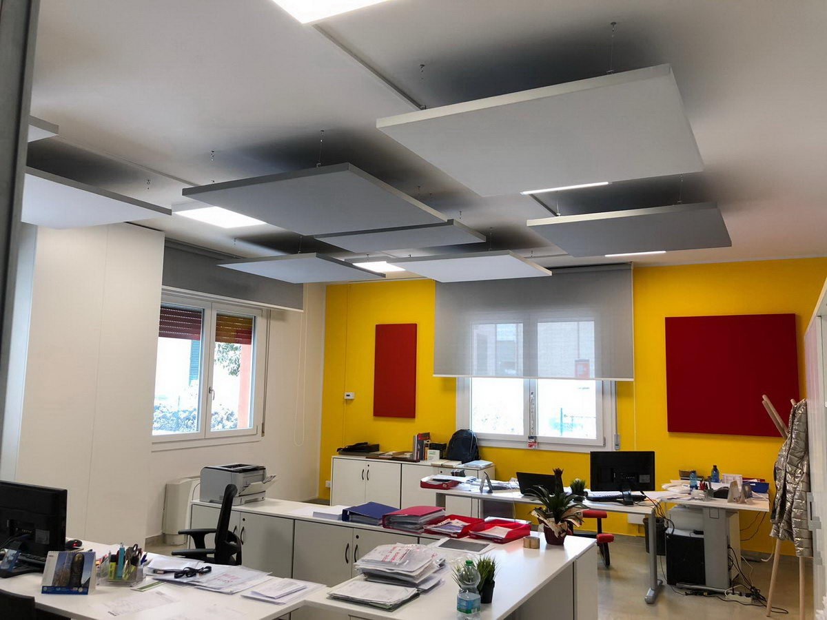 Decho-absorbers-reverb-control-offices